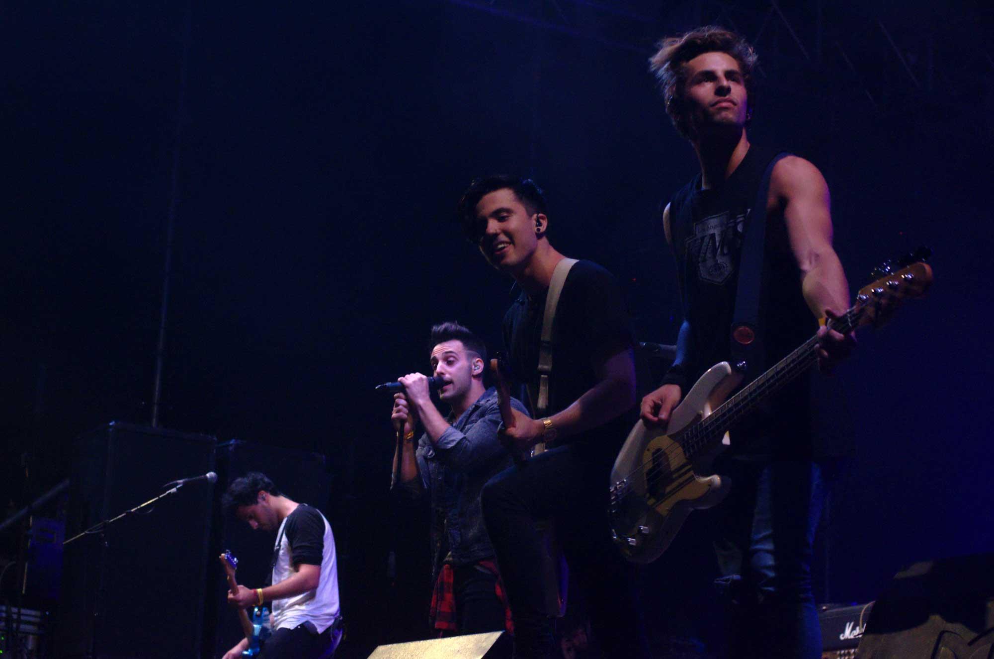 Fotografies del concert d'Amelie a la Festa Major de Cornellà de Llobregat
