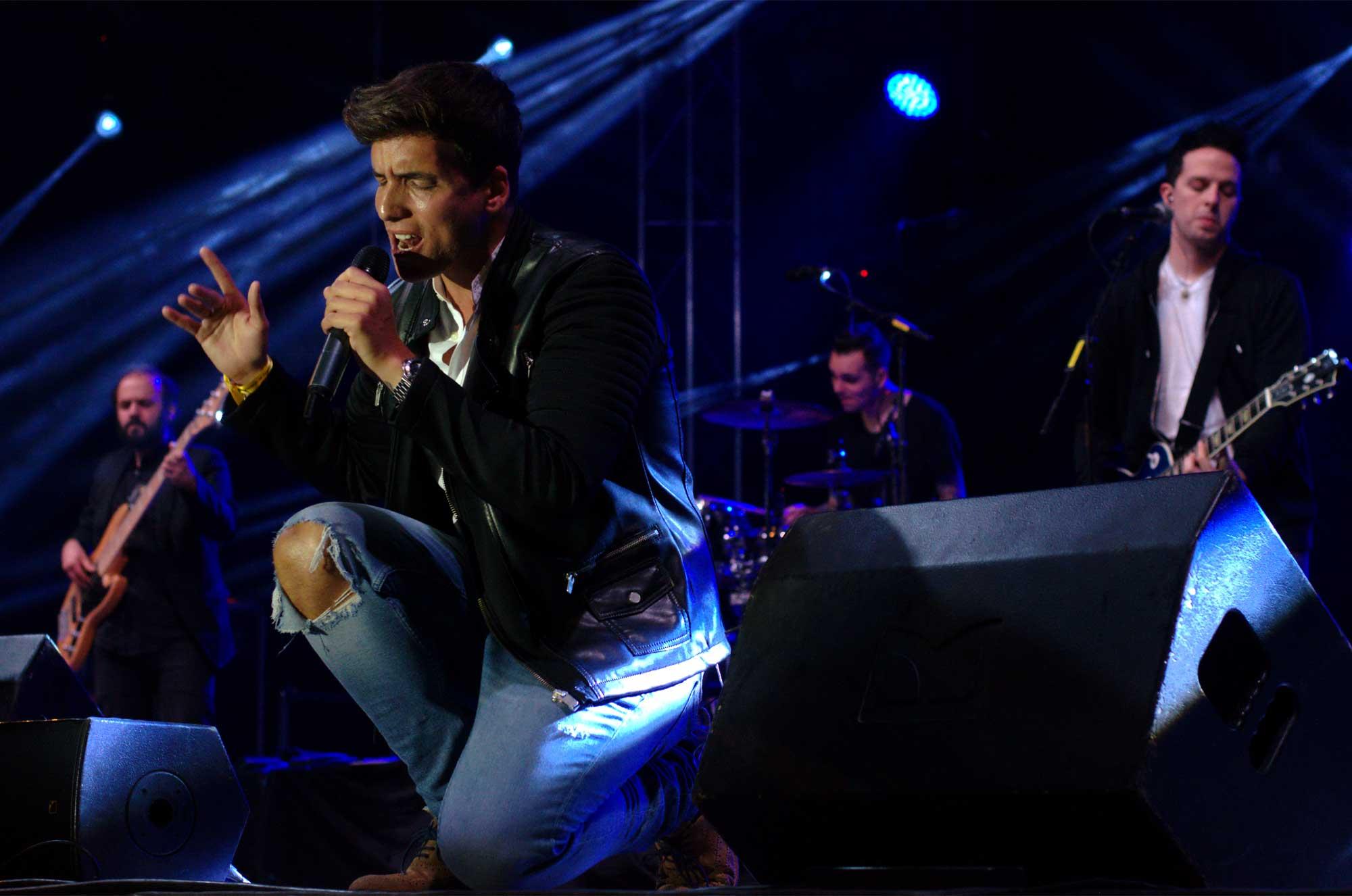 Fotografies del concert de Xuso Jones a la Festa Major de Cornellà de Llobregat