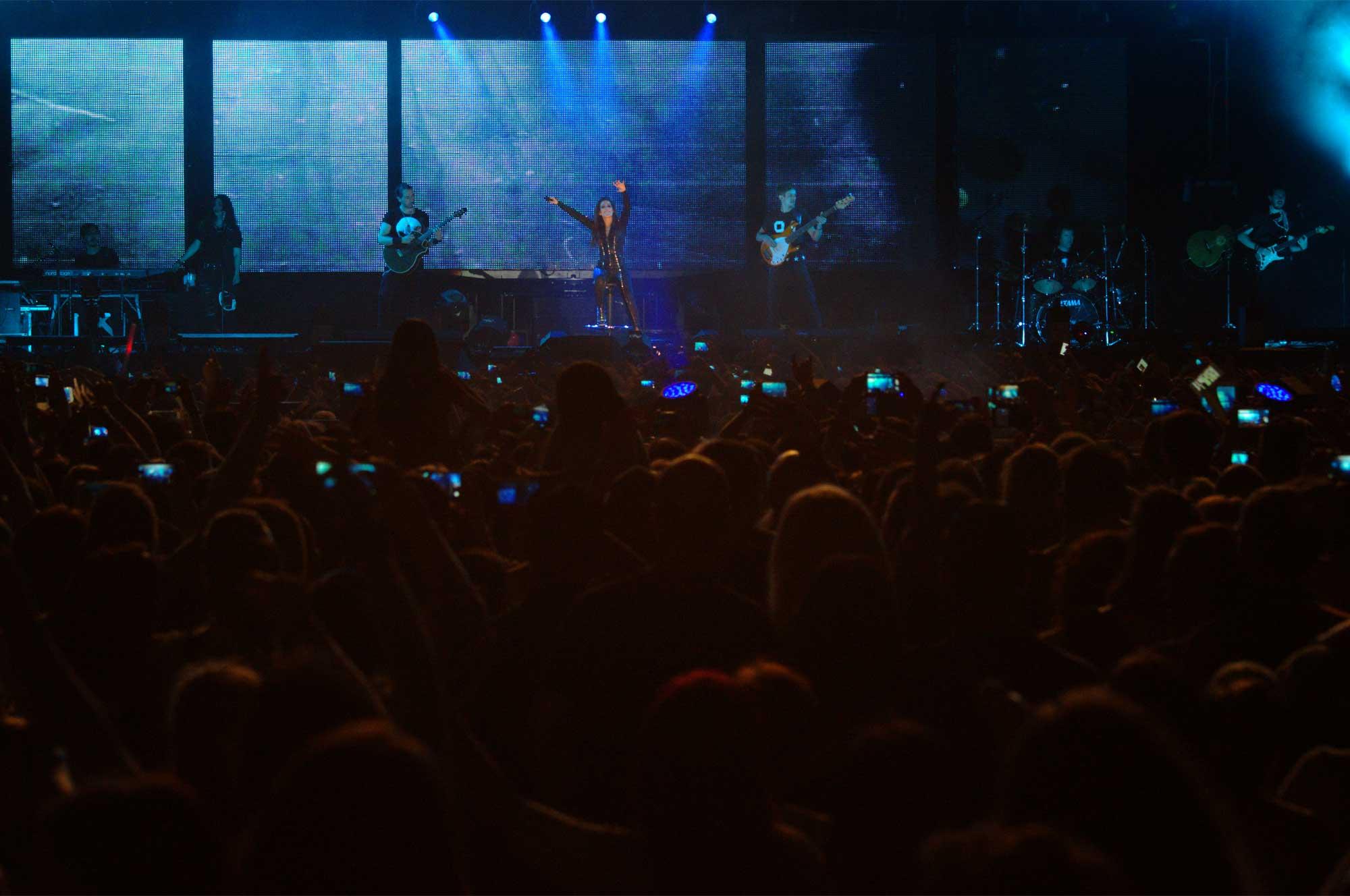 Fotografies del concert de Malú al Palau Sant Jordi