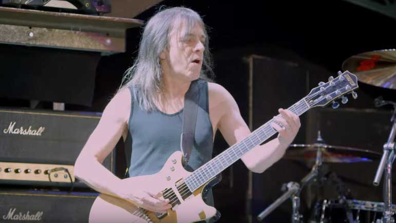 Muere Malcolm Young, alma rítmica de AC/DC